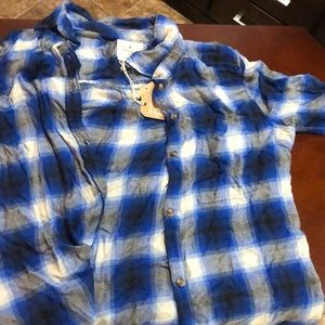 American Eagle blue whit and black Flannel